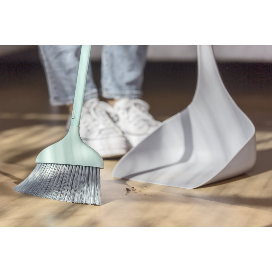 tanding dustpan and  sweeper
