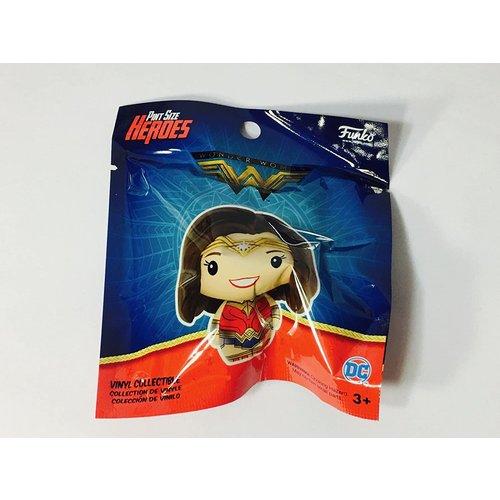Spider- Man Funko -  Wonder Woman  - Pint Size Heroes - Surprise Bag