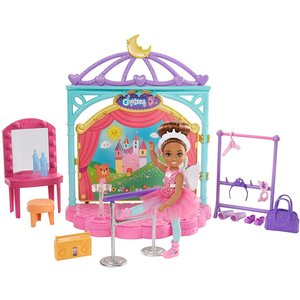 Barbie Club Chelsea - Ballet Doll Playset (GHV81)