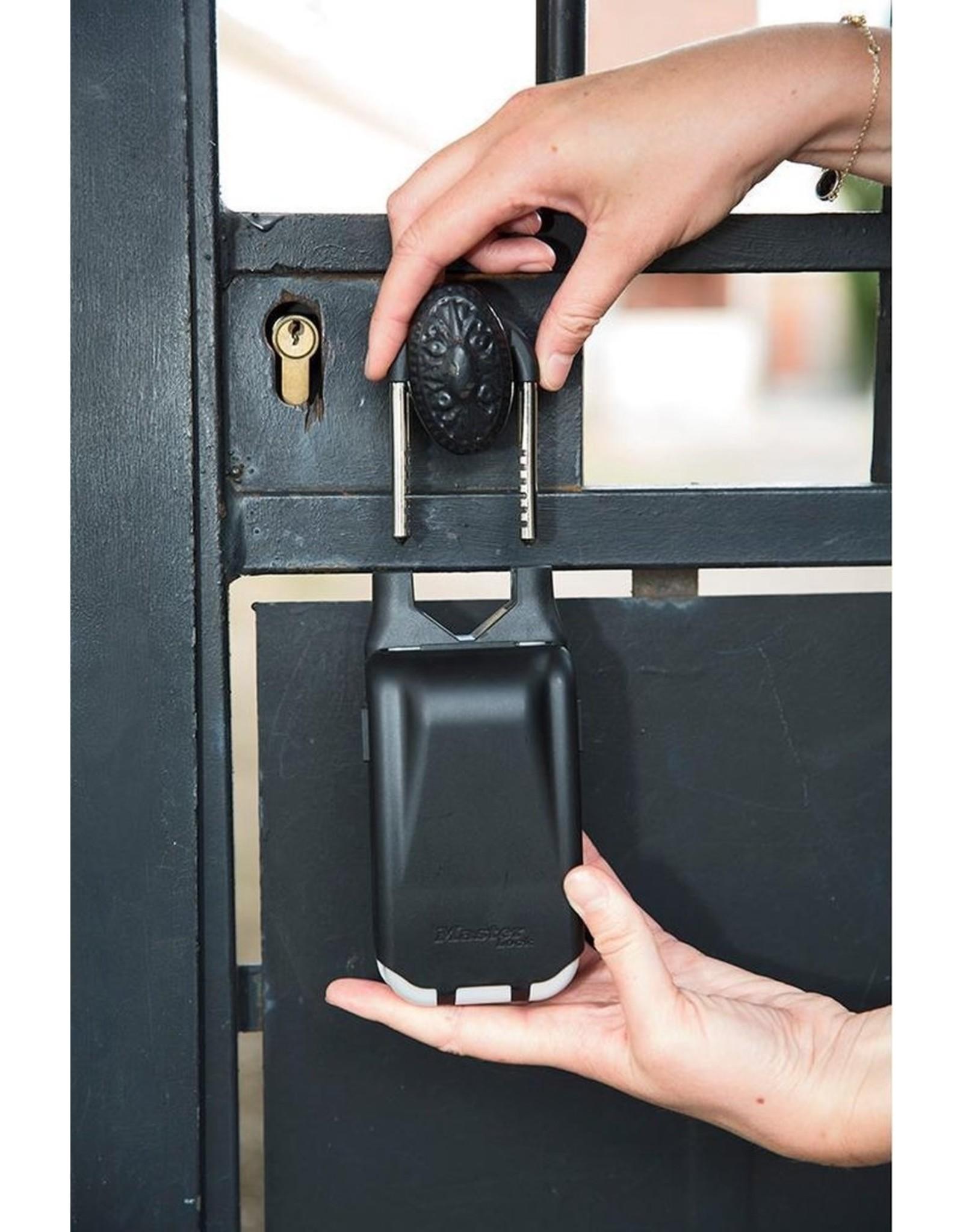 MasterLock MasterLock - Key safe - with illuminated number wheels
