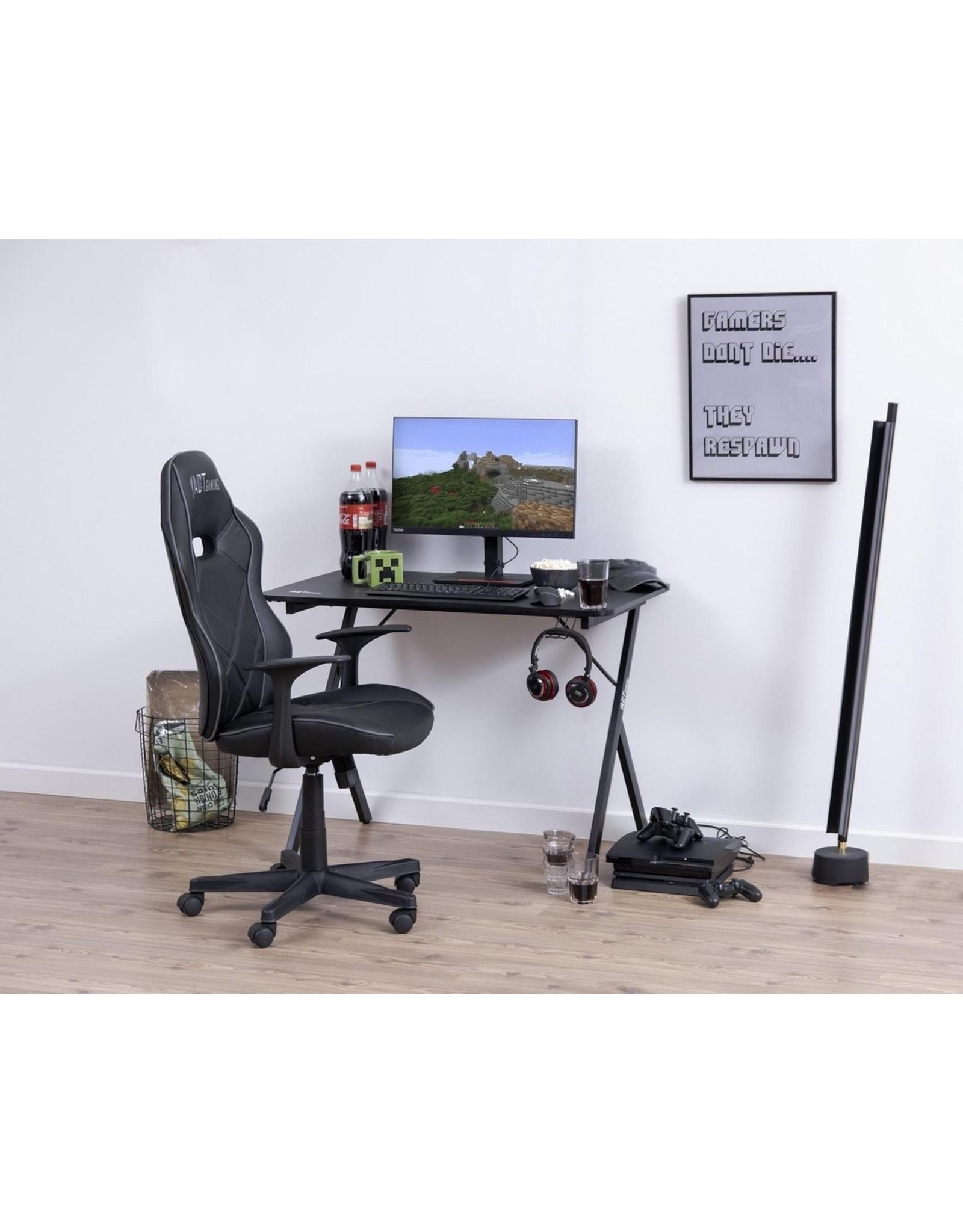 Parya Home Parya Home - Gaming Bureau - Metaal - Inclusief Bekerhouder & Headset Standaard - Krasbestendig - Zwart