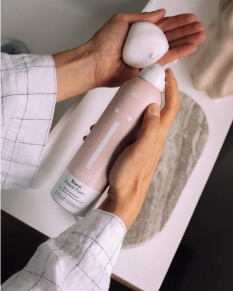 Naïf Bloom Shower Foam voor ouders