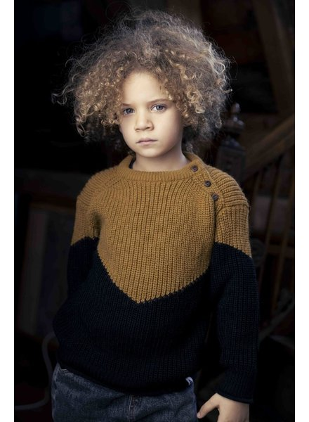 Ammehoela Joe | Knit sweater | Pirate Black