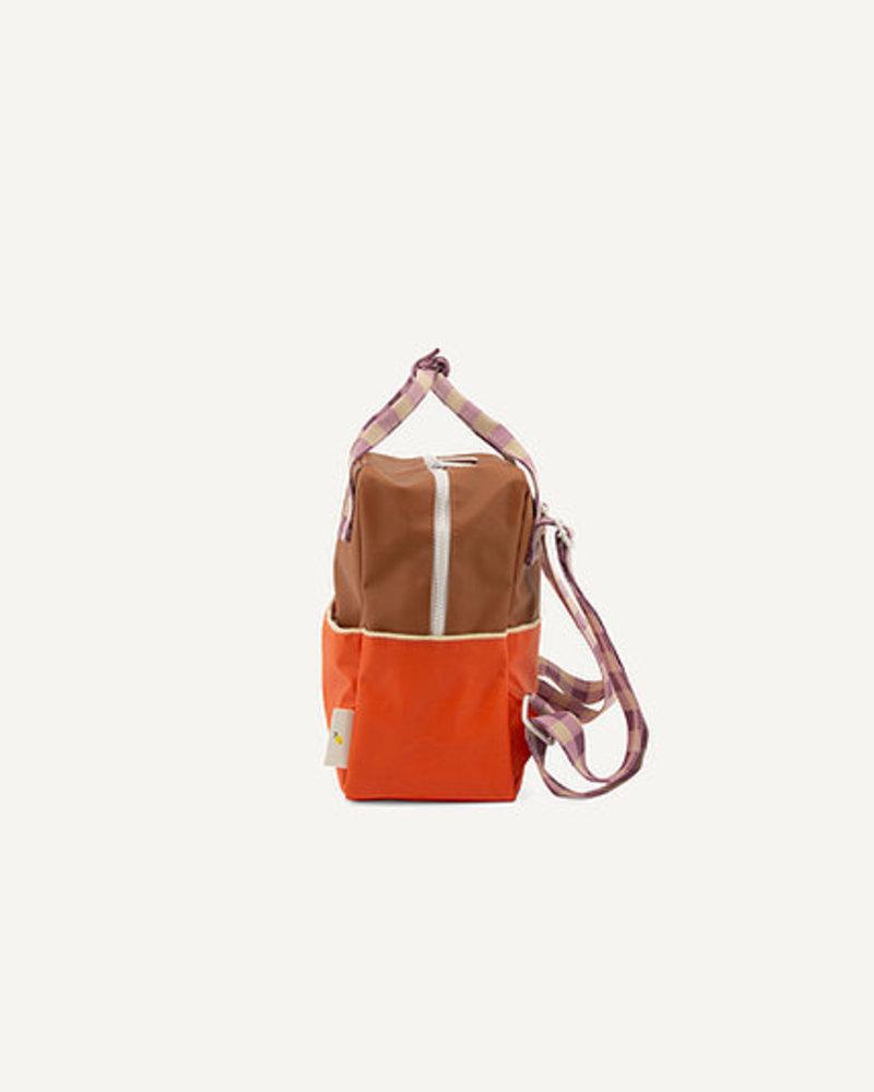 Sticky Lemon Rugzak Small | Colourblocking | Orange juice + Plum purple + School bus brown