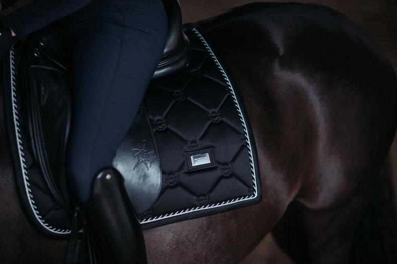 Equestrian Stockholm Equestrian Stockholm Dressuur zadeldekje Black Edition