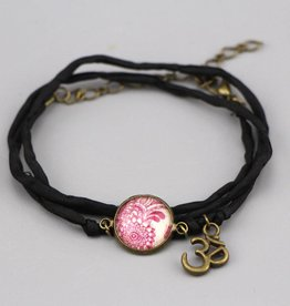 "Silk bracelet ""Mehndi magenta"""