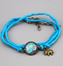 """Silk  bracelet """"Om in hellblau"""""""
