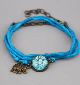 Seidenarmband Mehndi Muster hellblau