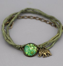 Seidenarmband Mehndi Muster grün