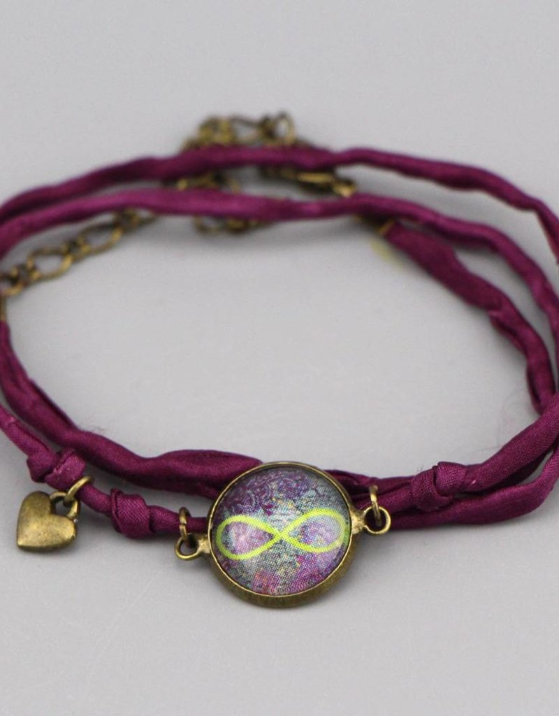 Armband aus Seide - Infinity