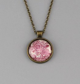 "Necklace  ""Mehndi Muster magenta"""