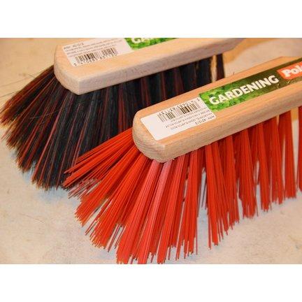 Handborstels voor het schoonmaken en schuren van allerhande producten