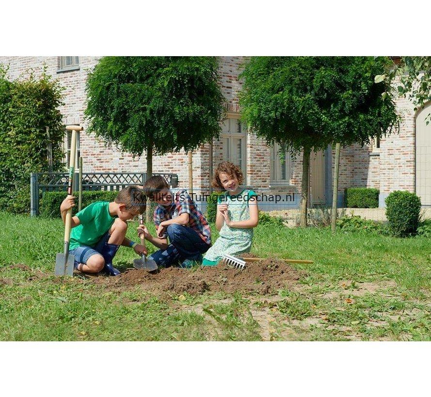 Spade Gardening 4 Kids