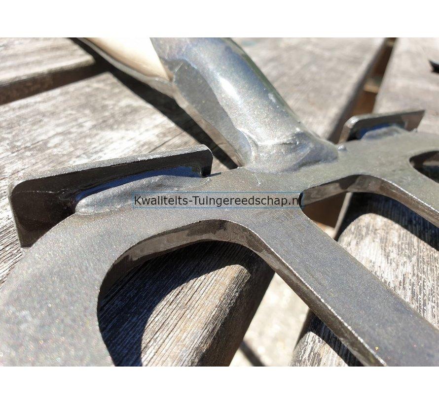 Handgesmede Spitvork 4 tanden met veerdul en steps