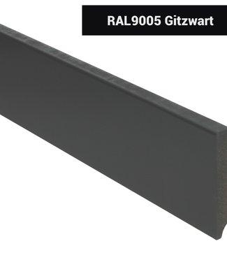 Moderne rechte plint RAL 9005