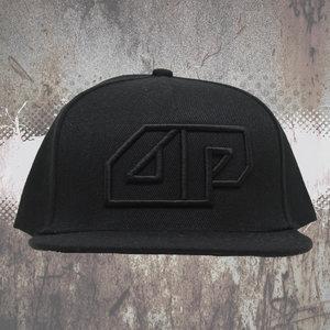 Snapback CAP - 3D geborduurd Deepack logo - zwart op zwart