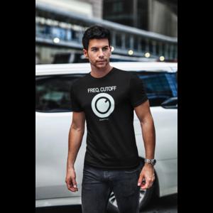 T-shirt FREQ. CUTOFF zwart, witte opdruk