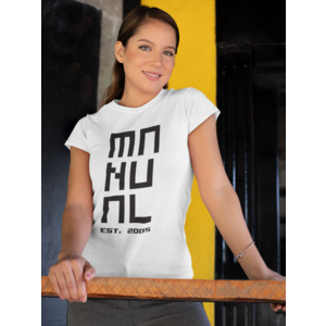 MANUAL MUSIC T-shirt wit dames, logo MANUAL EST. 2005 in zwart
