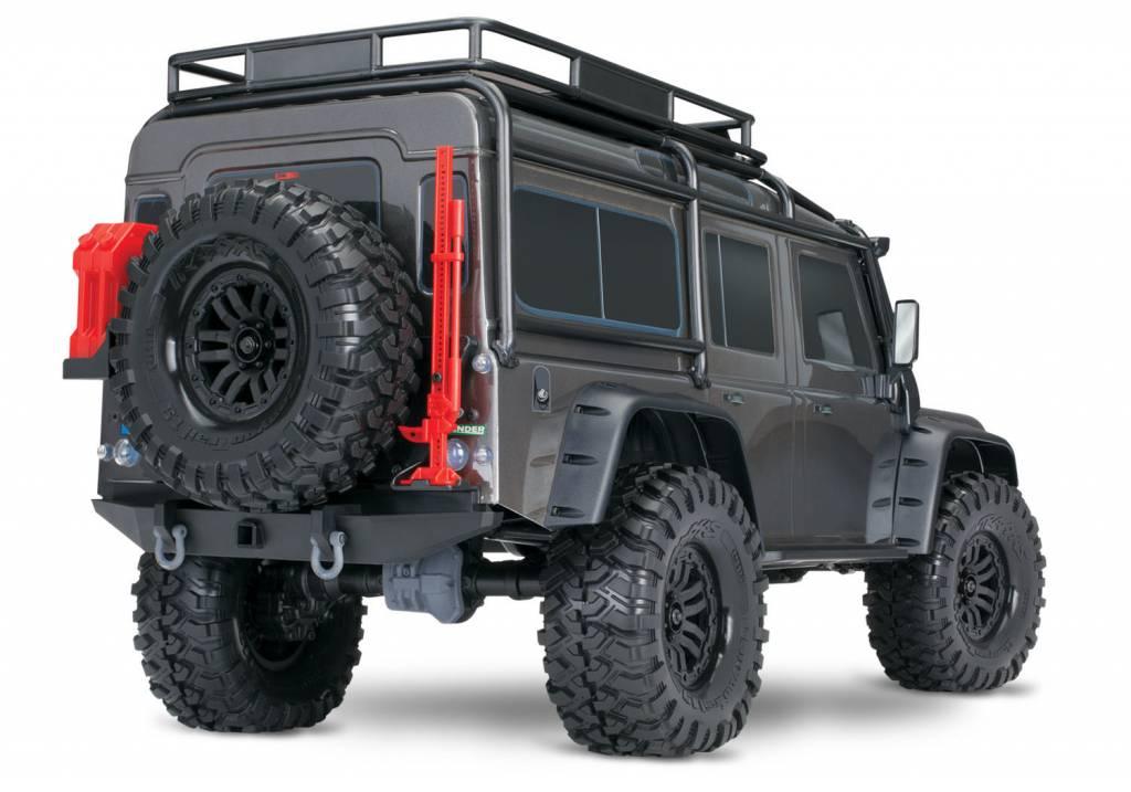 Traxxas Land Rover Defender Crawler Silver TRX82056-4S-3