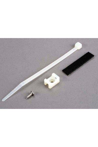 Attachment bracket, plug/ foam tape/tie wrap/ 3x10mm wst scr, TRX4577