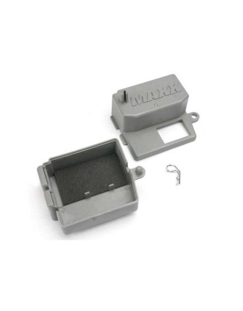 Traxxas Box, receiver (upper and lower halves)/ clip (1)/ foam pad, TRX5159