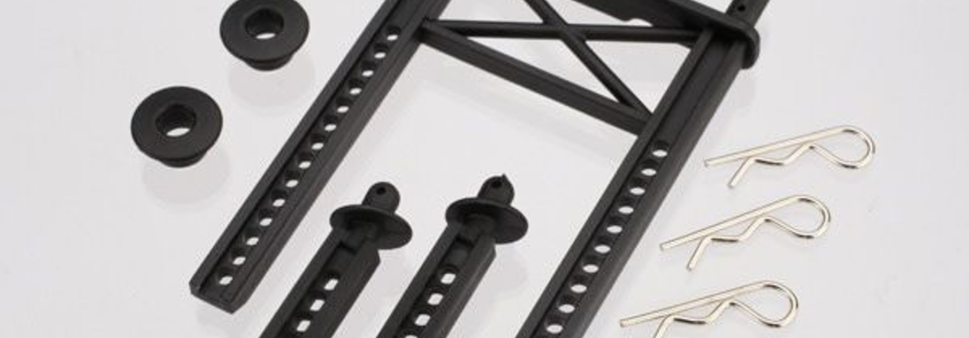 Body mount, rear/ body mount posts, front (2)/body washer, r, TRX7315