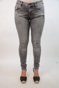 Suzy Skinny Fit Sedona Grey