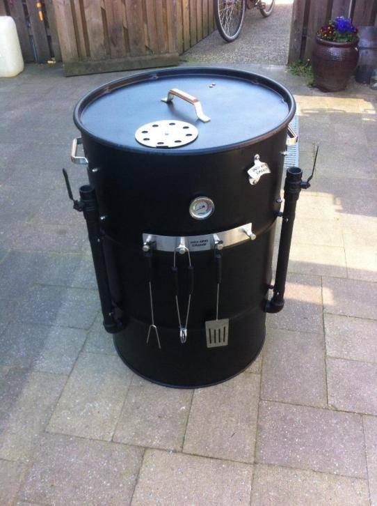 Alles over de Ugly Drum Smoker UDS !  Waar te koop en Hoe zelf te maken plus de beste adressen