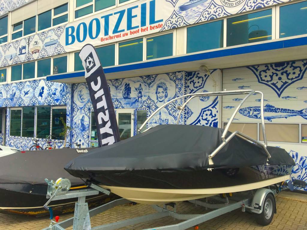 Abdeckzelt Bayliner Deck boat 195