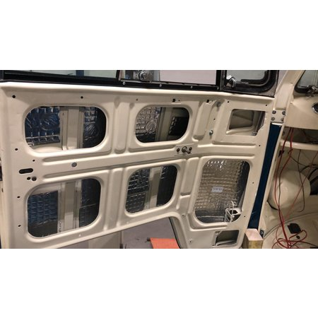 Silent Coat Zelfklevende geluids en warmtewerende  butyl rubber tegels 1 m² (10 losse tegels)