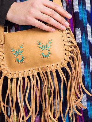 Shoulder bag with fringes Light brown
