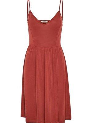 SOAKED IN LUXURY - Nefret jurk