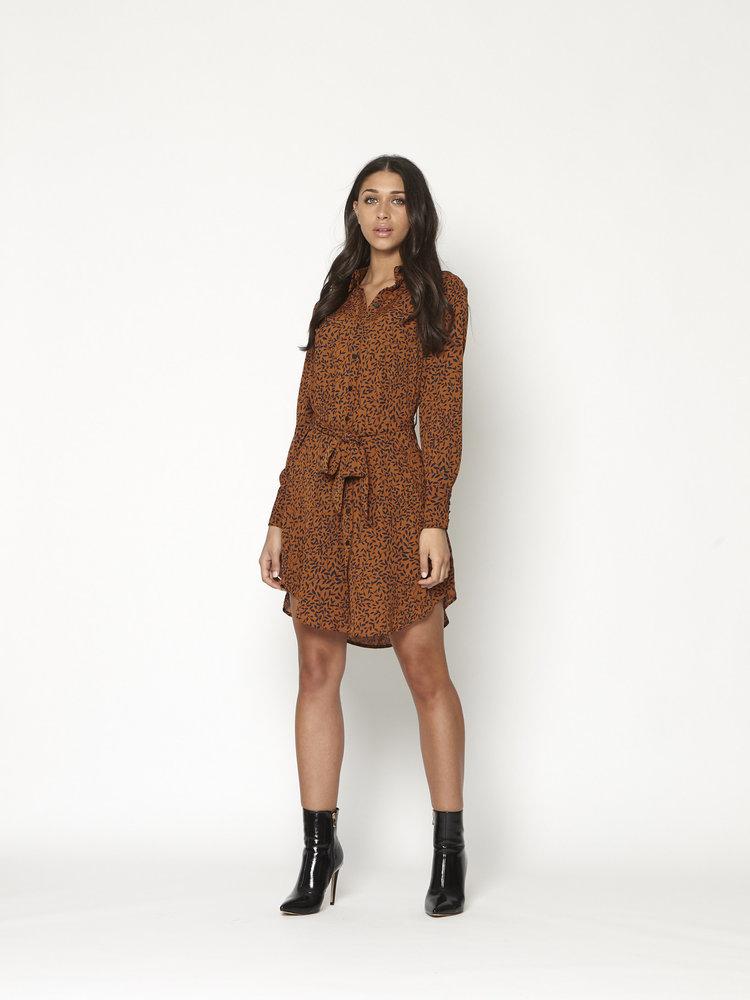 LOFTY MANNER LOFTY MANNER - Winoma jurk bruin