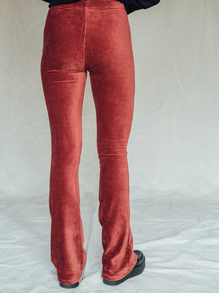 THINGS I LIKE THINGS I LOVE THINGS I LIKE THINGS I LOVE - Vivienne velvet rib flared red