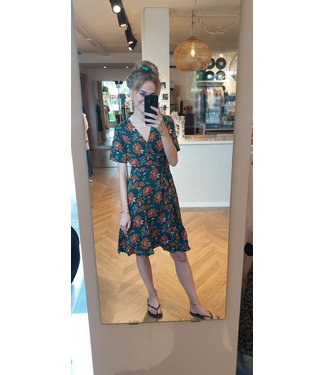 THINGS I LIKE THINGS I LOVE Fabienne flower wrap dress
