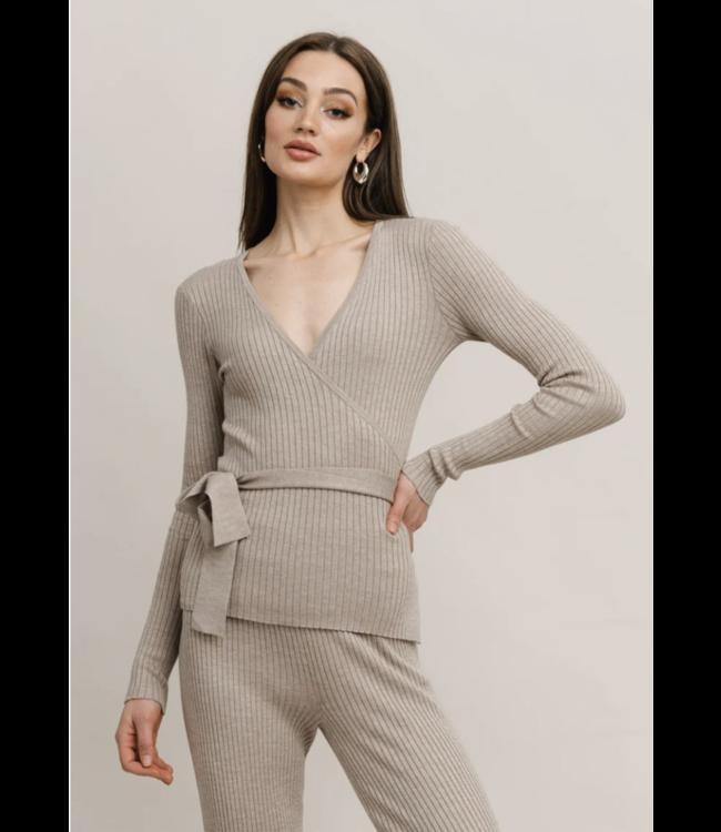 RUT & CIRCLE - Vanessa knit top