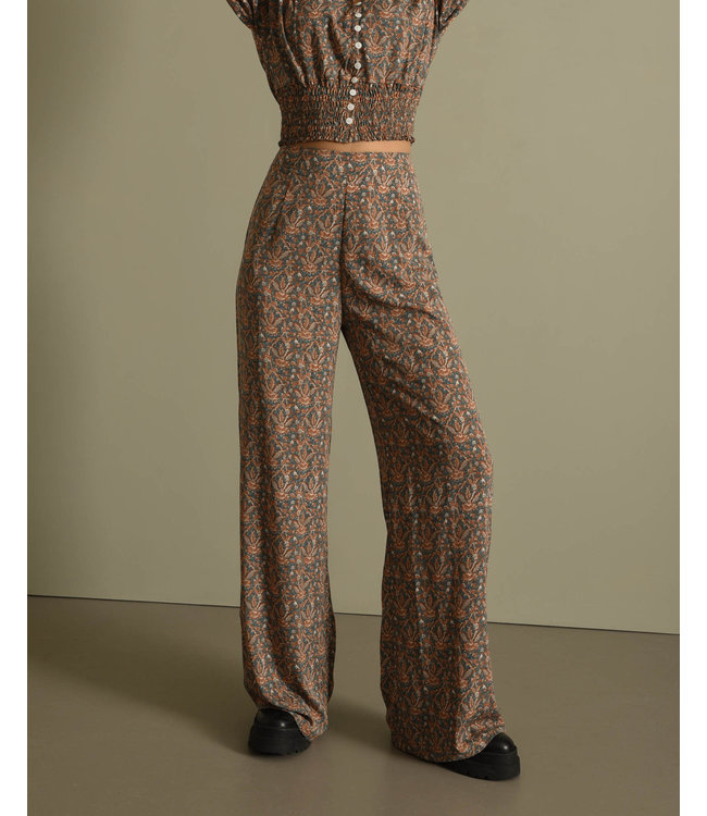 THINGS I LIKE THINGS I LOVE - Indy Pants Paisly Pastel