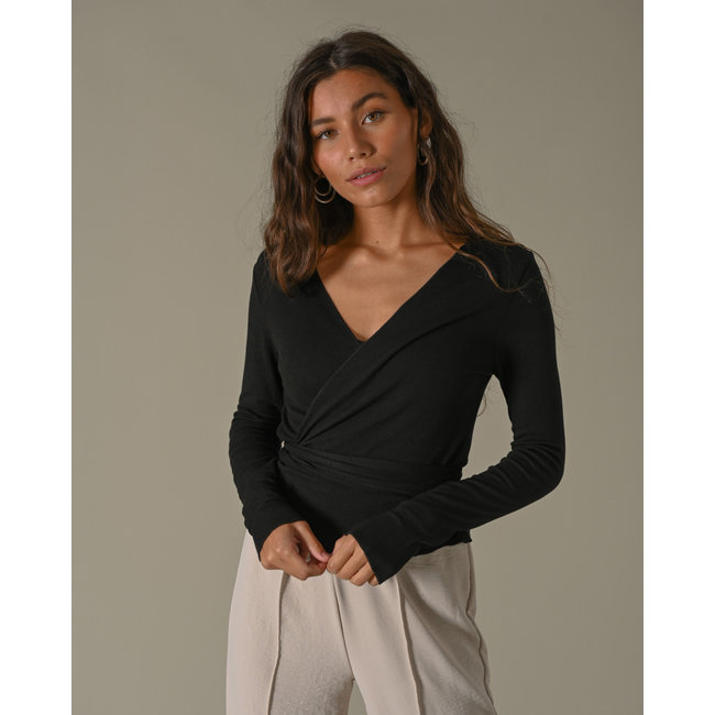 THINGS I LIKE THINGS I LOVE - Willy wrap top