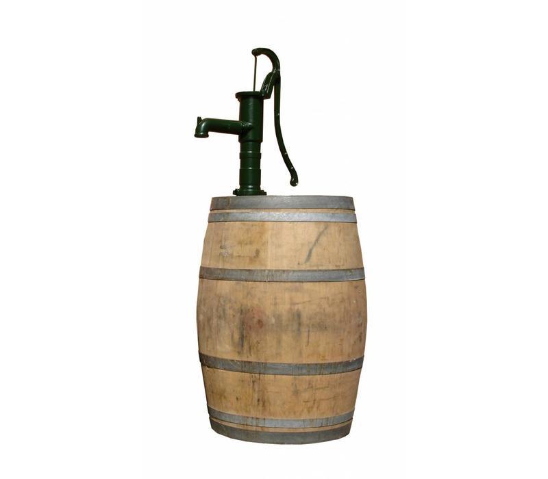 Regenton met waterpomp