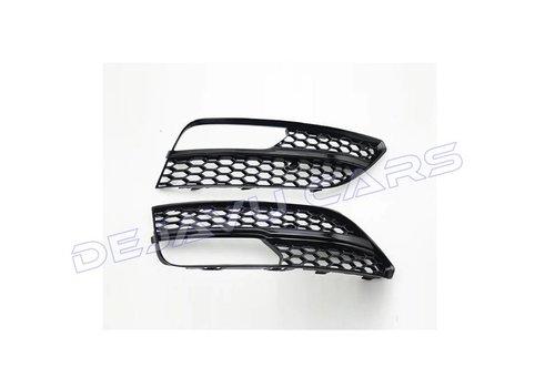 OEM LINE RS3 Look Mistlamp rooster Black Edition voor Audi A3 8V