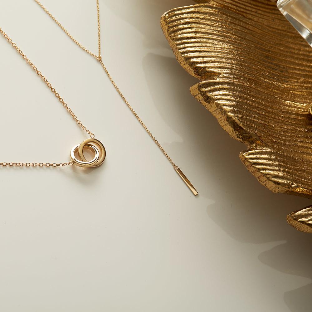 Isabel Bernard Le Marais Zoé 14 karaat gouden collier met ringetjes