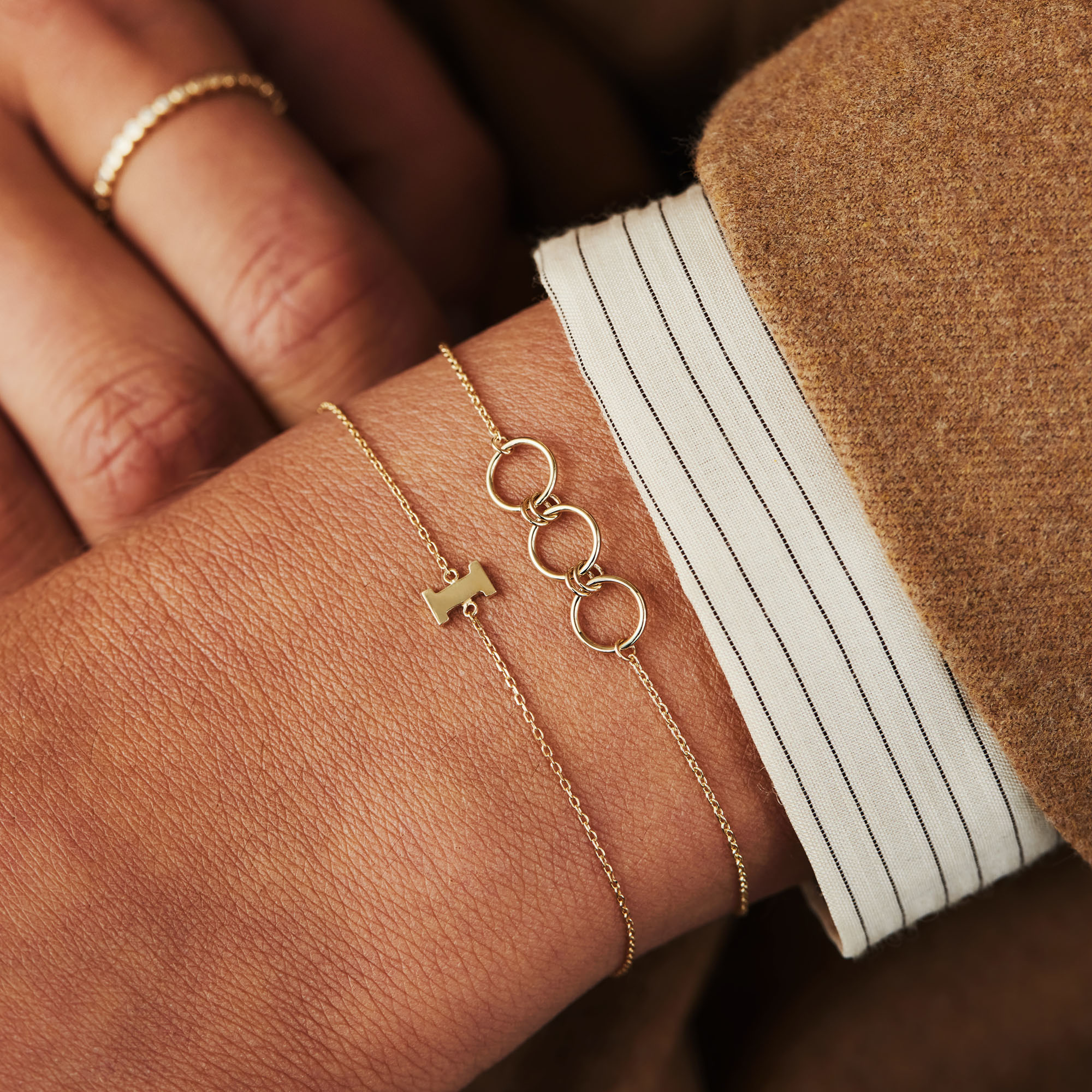 Isabel Bernard Belleville Anna 14 karaat gouden armband met rondjes