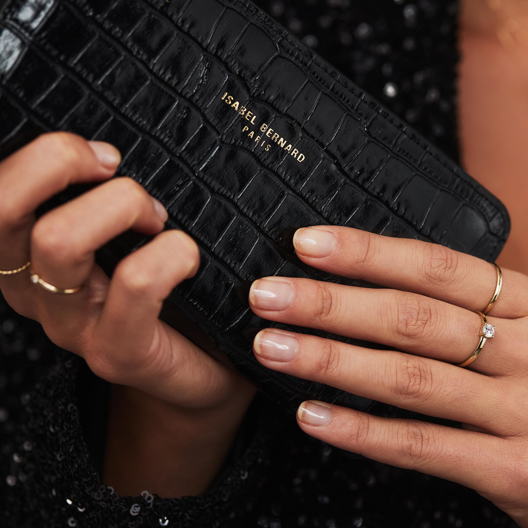 Isabel Bernard Honoré Léa croco svart läder plånbok med dragkedja av kalvskinn
