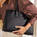 Isabel Bernard Honoré Cloe sac à main en cuir de veau noir