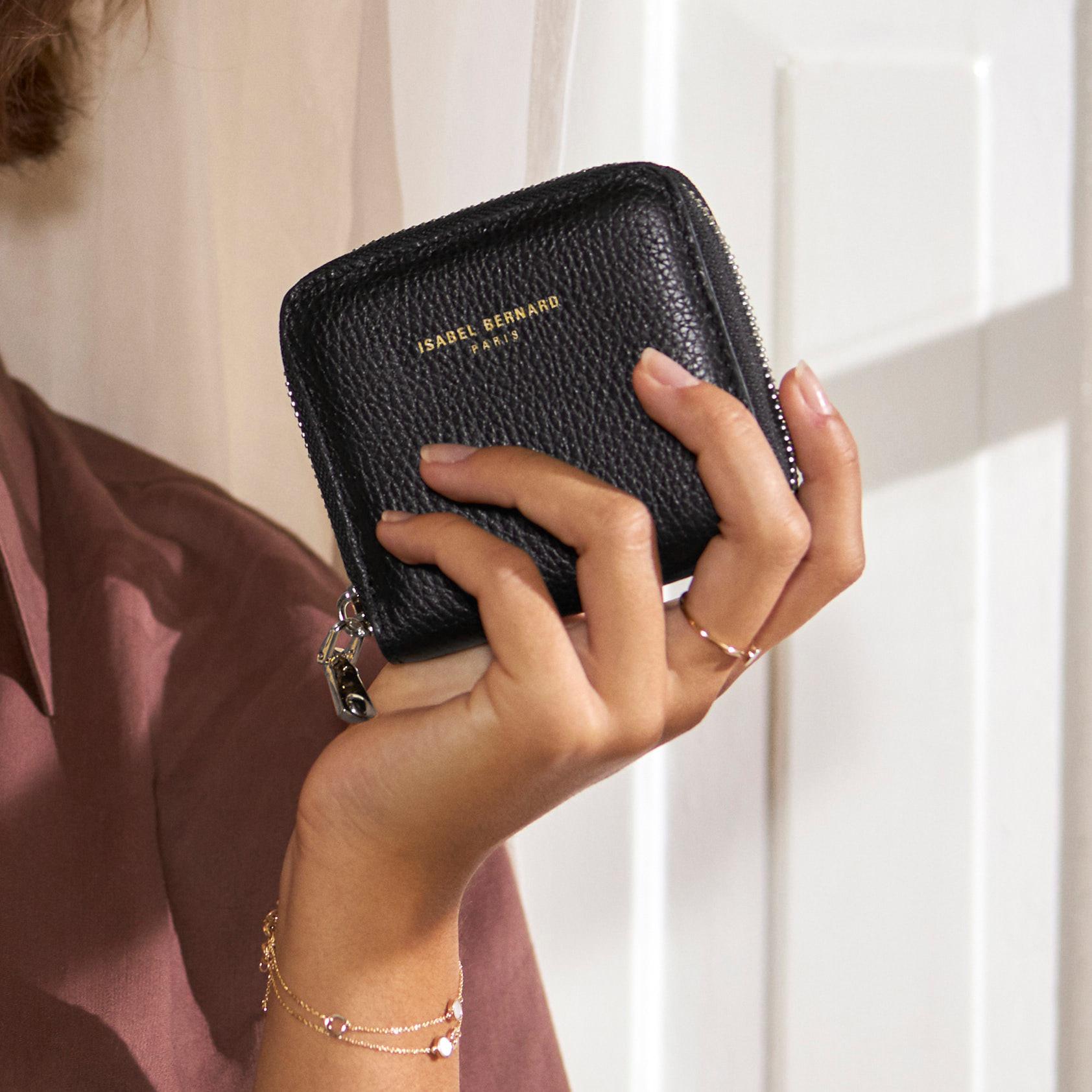 Isabel Bernard Honoré Jules svart läderplånbok i kalvläder med blixtlås