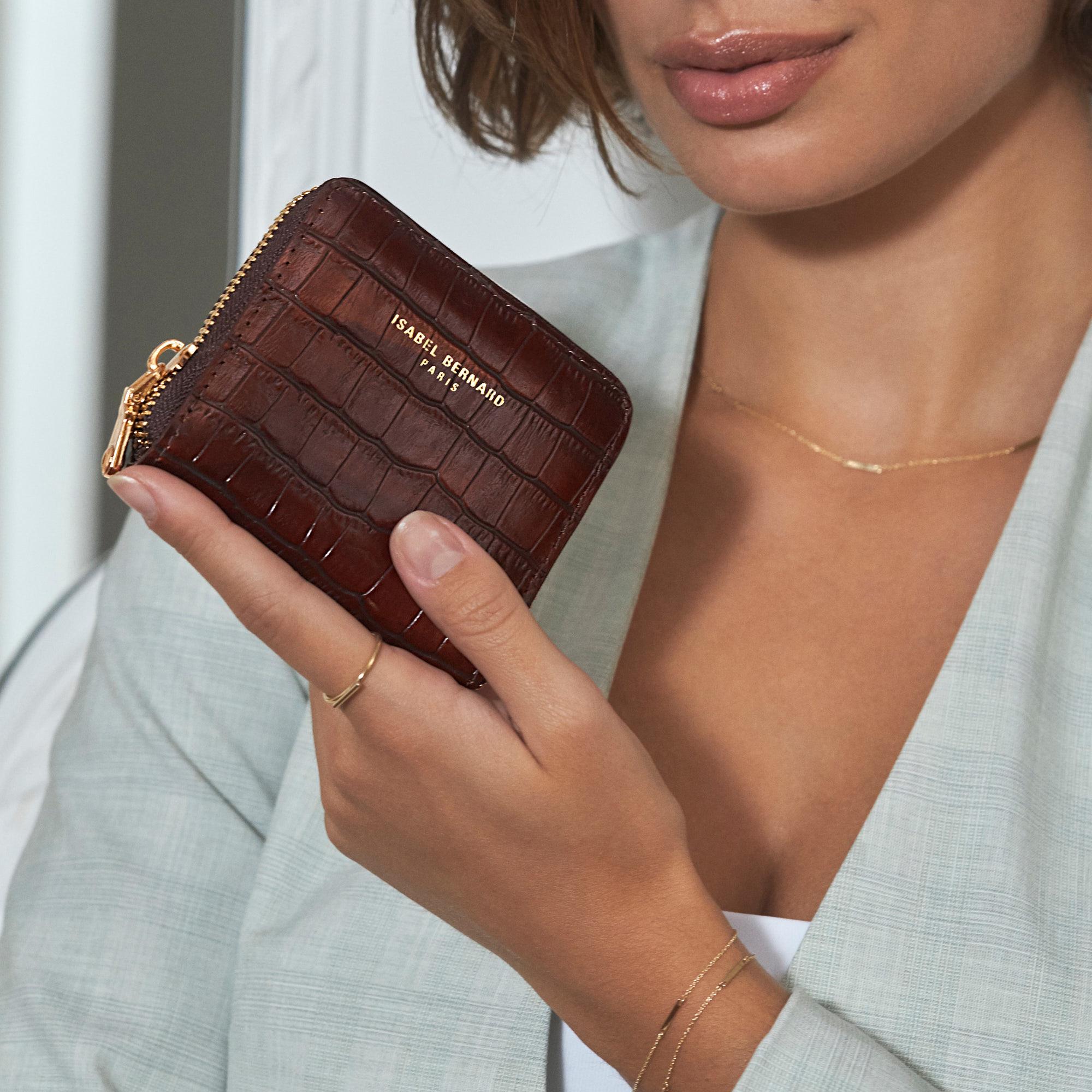 Isabel Bernard Honoré Jules croco brun læder lynlås punge lavet af kalveskind