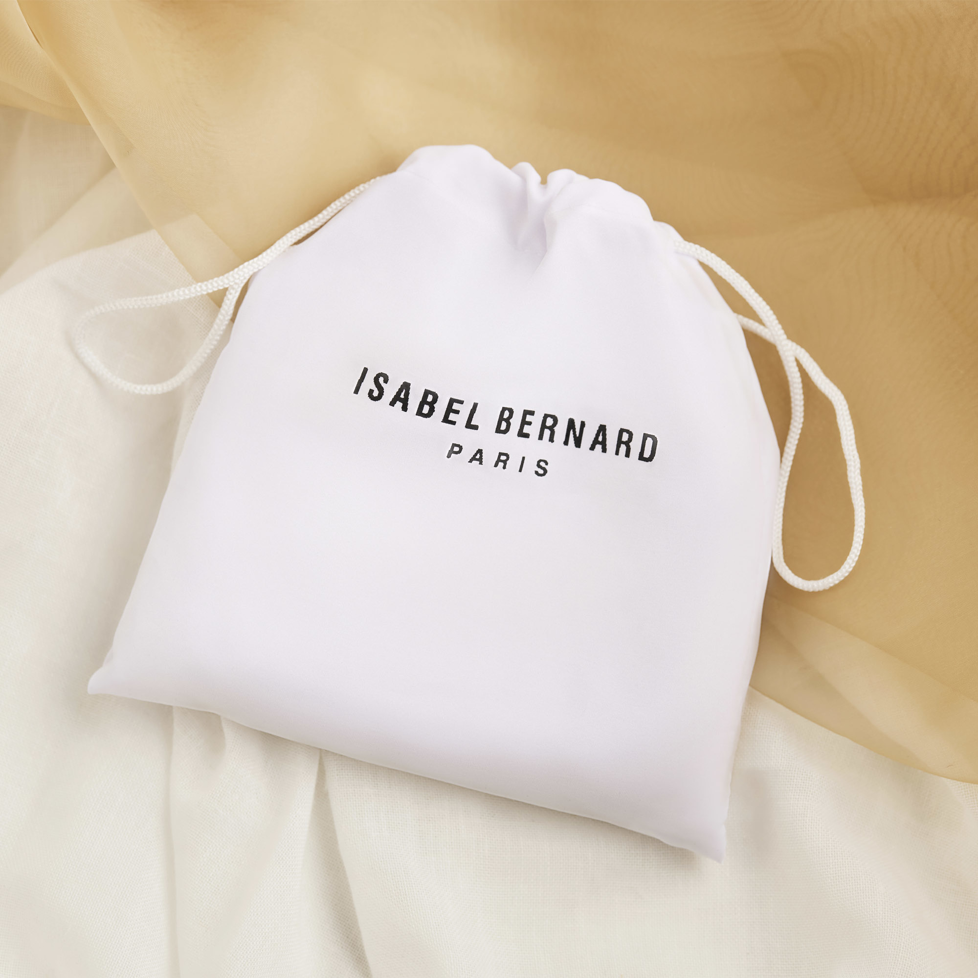 Isabel Bernard Femme Forte Heline zwarte leren handtas van kalfsleer