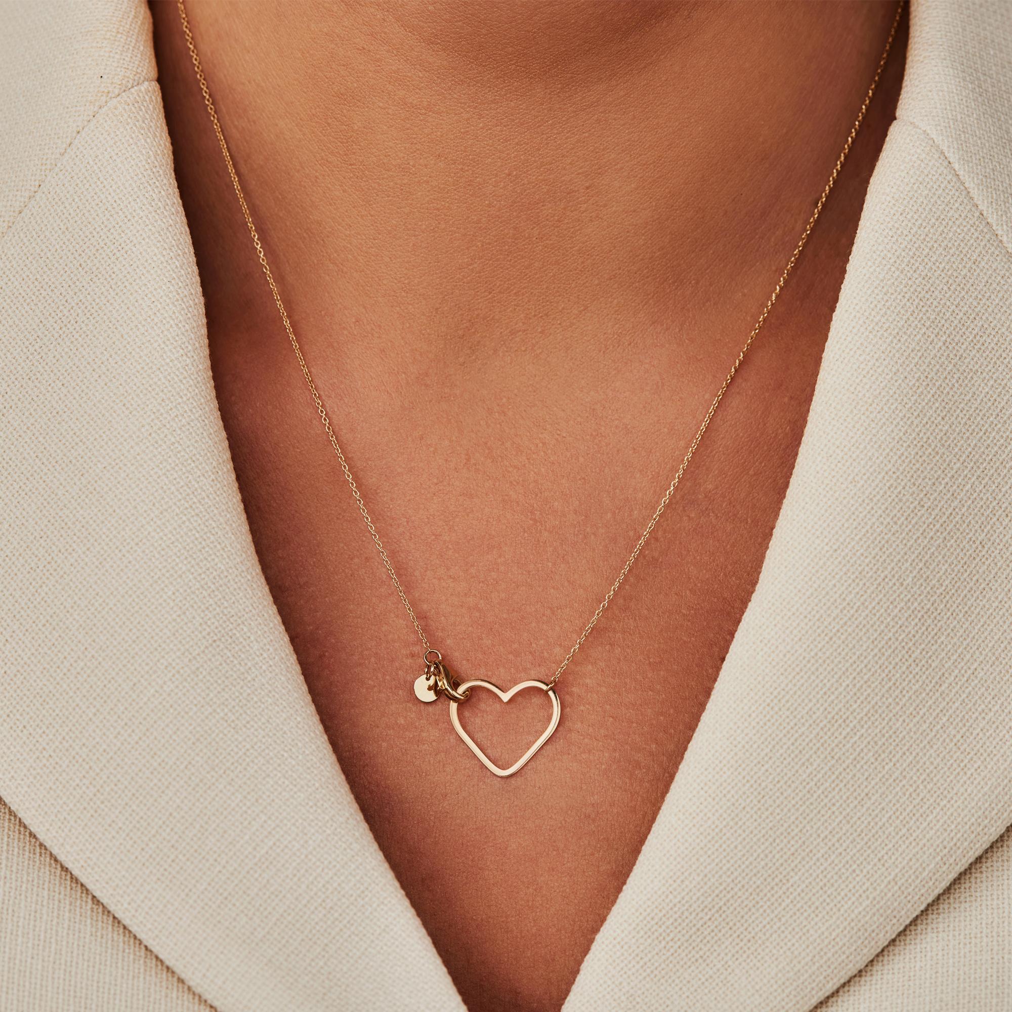 Isabel Bernard Belleville Amore collier en or 14 carats avec le coeur