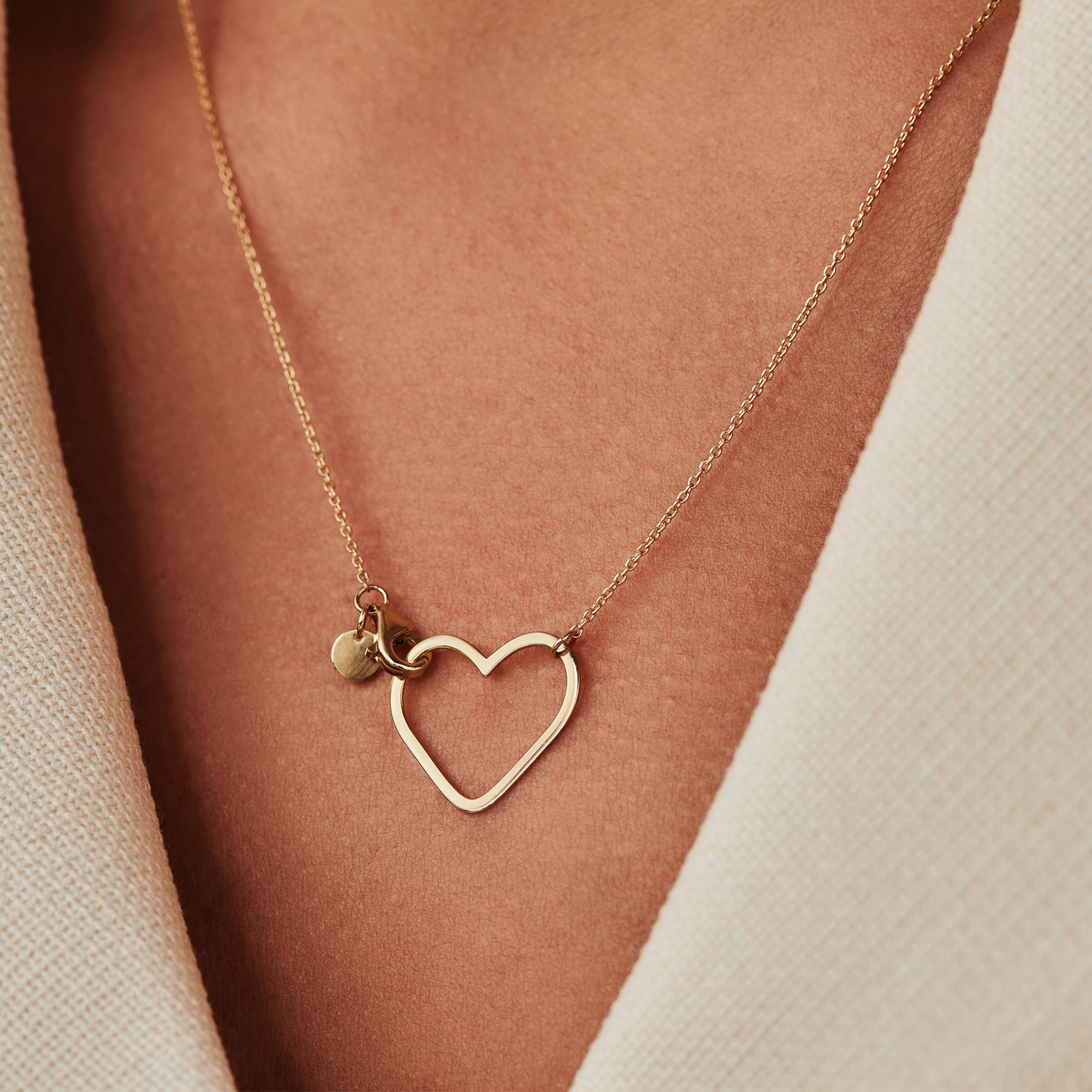 Isabel Bernard Belleville Amore 14 karaat gouden collier met hartje