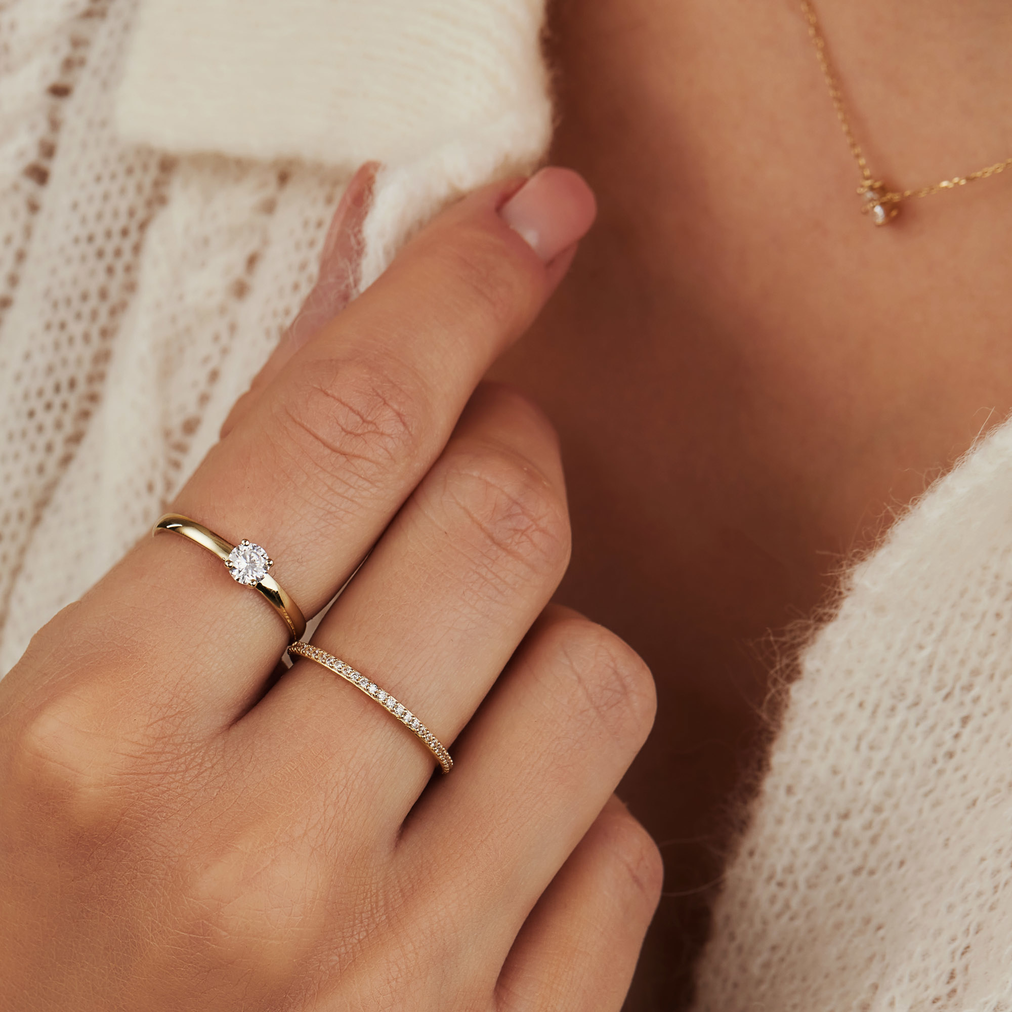 Isabel Bernard Asterope Stones bague superposables en or 14 carats